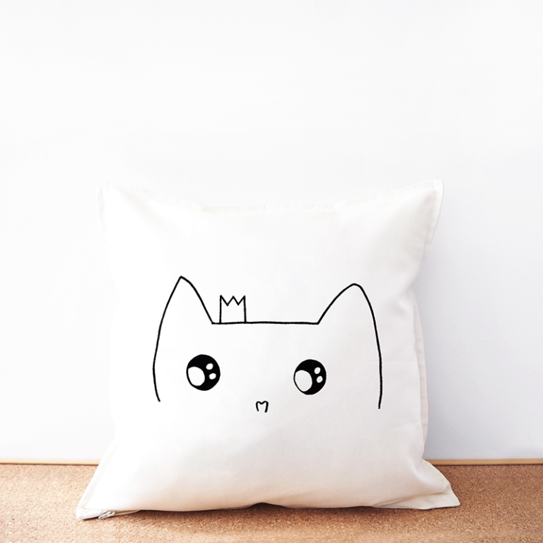 Cat princess cotton cushion cover